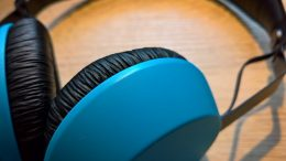 http://maxpixel.freegreatpicture.com/Music-Blue-Headset-Headphones-1612721