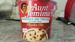 aunt jemima chocolate chip pancake cup