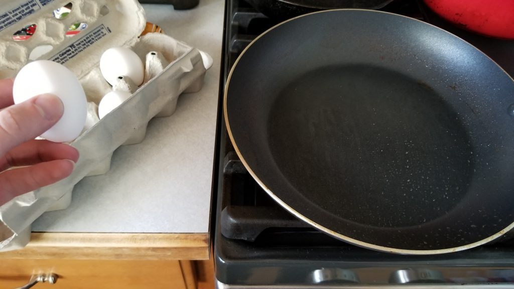 pan for how to make eggs